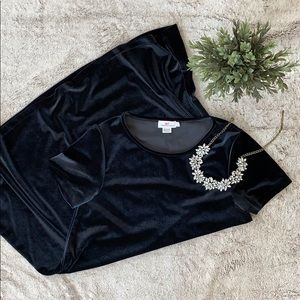 🍂 Vineyard Vines Black Velvet T-Shirt Dress 🍂